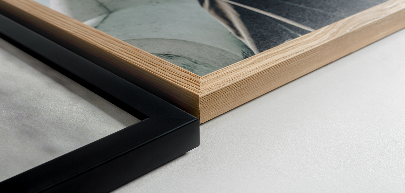 Wooden frame available in matte black or natural wood